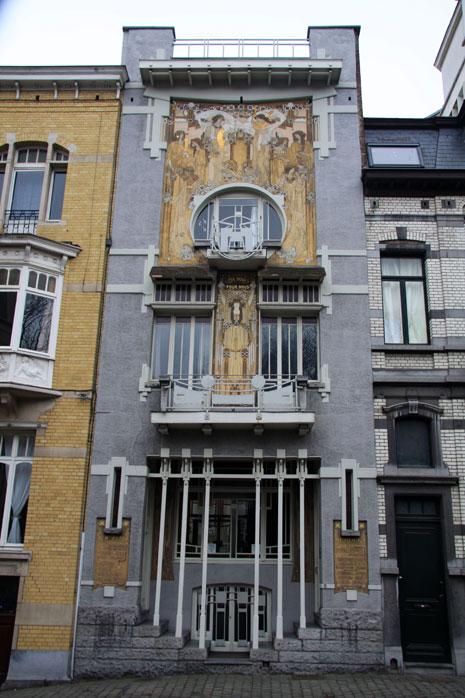 cauchie-house-exterior-view1